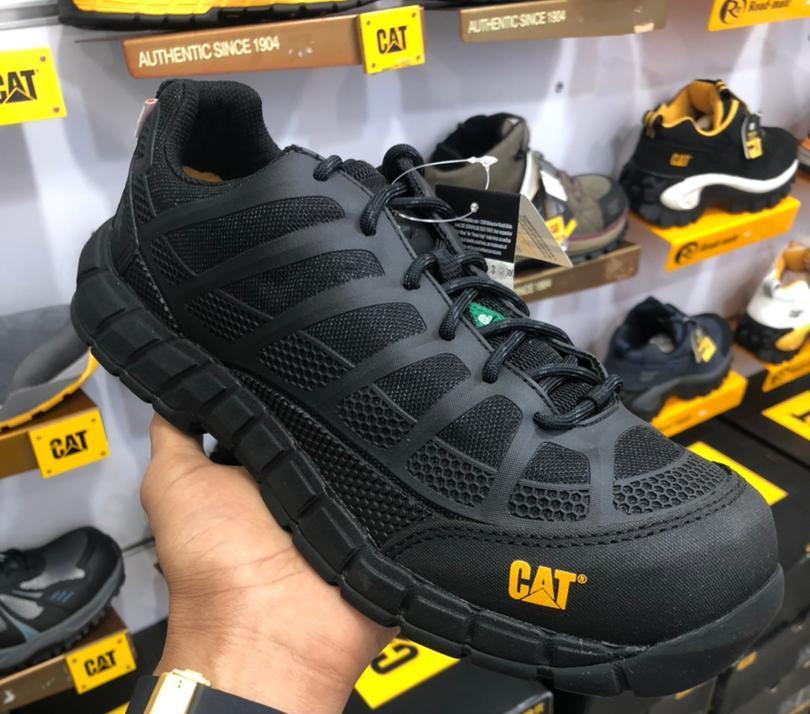 مرکز فروش کفش کاترپیلار